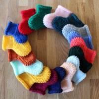 Cadeau de naissance: chaussons fait-main en laine pour bébé